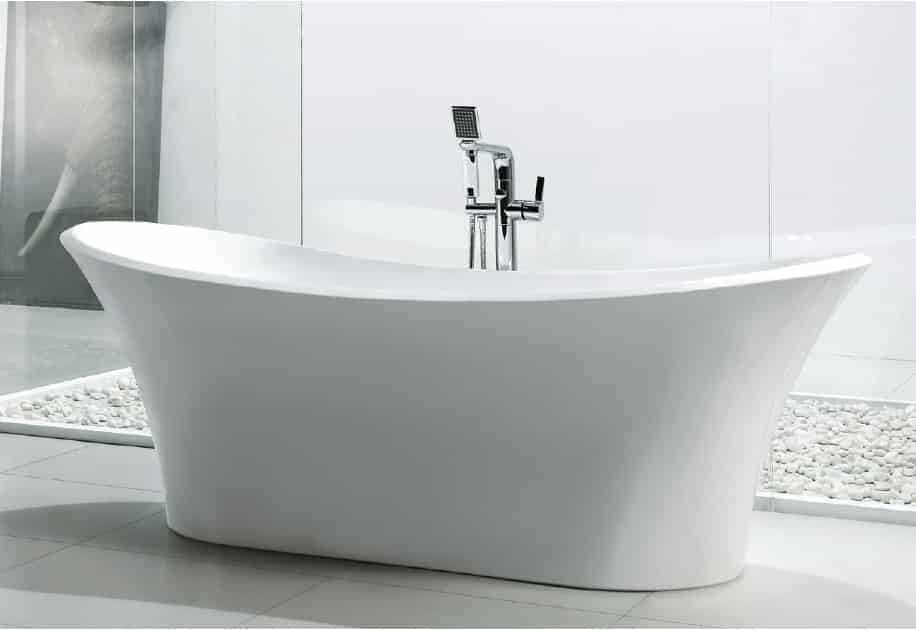 Image of a luxurious looking freestanding tub